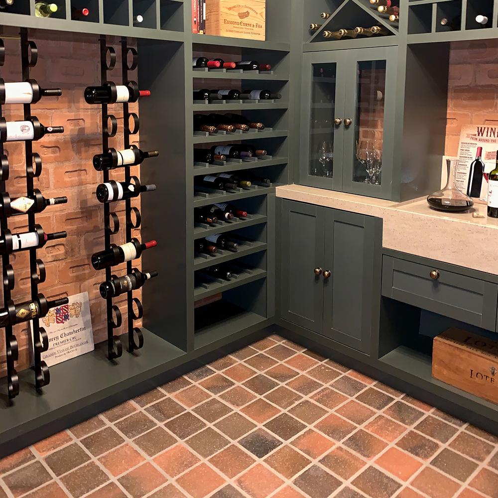Cotto Vecchio Nóbile emoldura paixão por vinhos e bons encontros