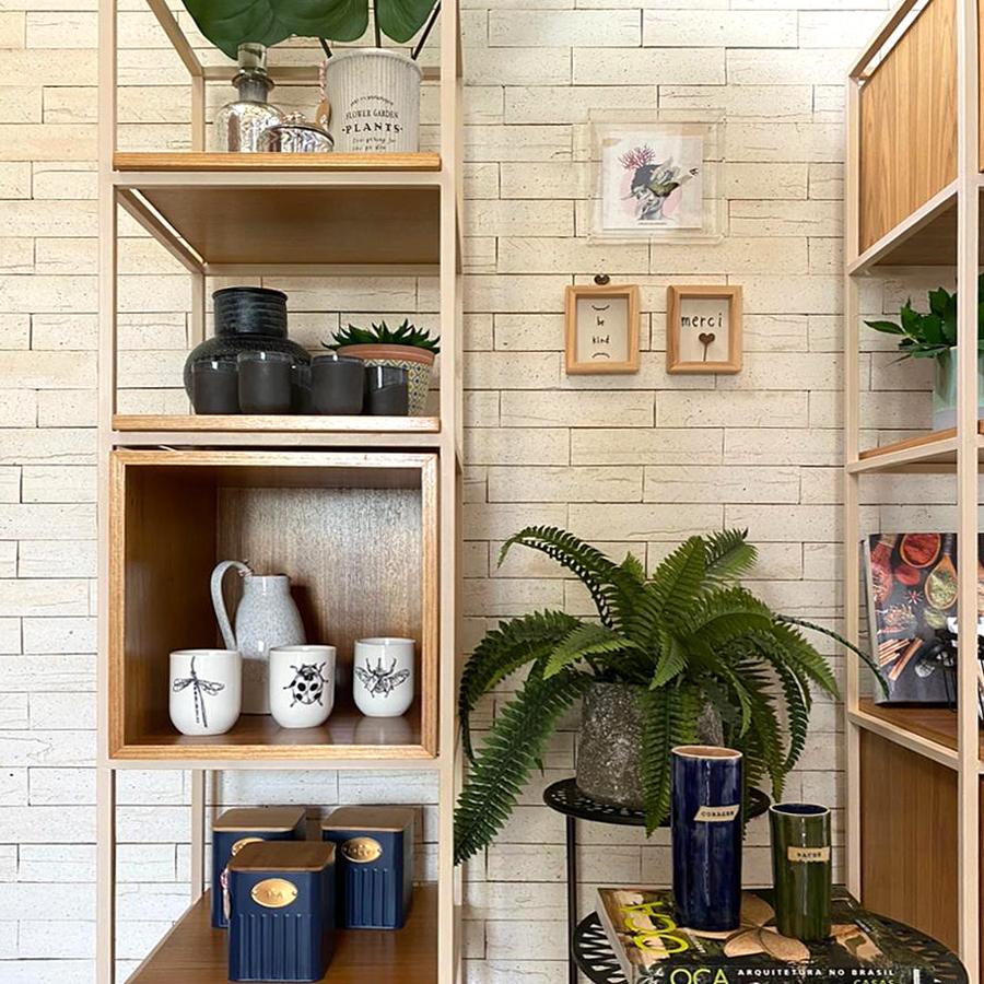 Brick Devon desperta inspirações e traz leveza a escritório de arquitetura