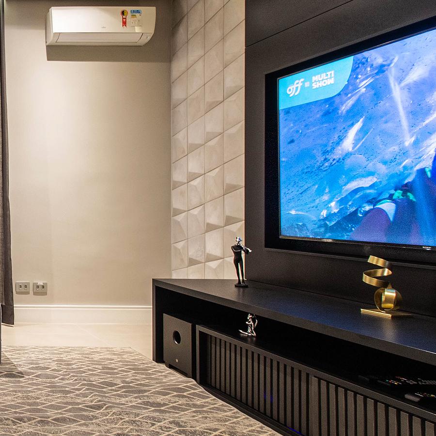 Ápia é atração à parte em sala moderna e aconchegante